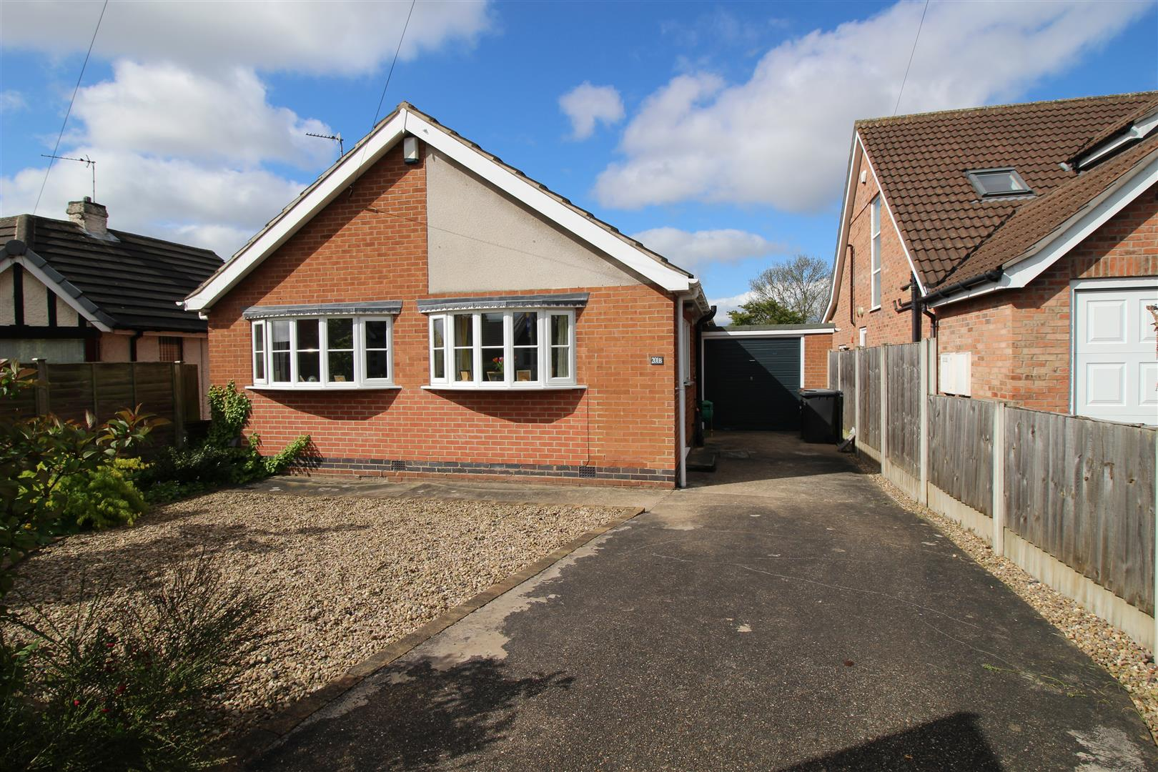 3 Bedrooms Bungalow for sale in Cator Lane North, Chilwell